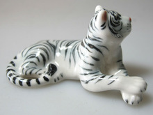 Handmade Miniature Craft Collectible Porcelain Ceramic White TIGER Statue