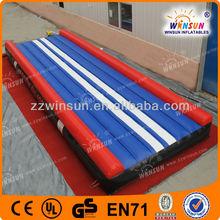Custom cheerleading club and gymnasium inflatable air tumble track