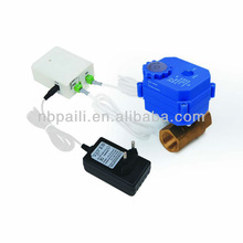 New products 2014 Home use Water leak sensor and alarm detector system with Auto shut-off water fuction