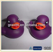 Mini purple duck nontoxic cheap bathing toy rubber duck