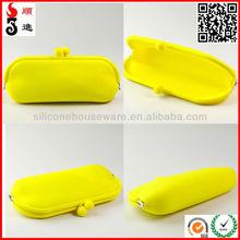 2014 hot selling fashion rectangle shapes silicone glasses bag