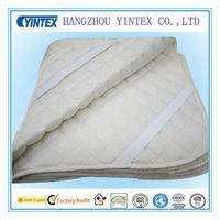 Waterproof ultrasonic quilting TPU mattress protector