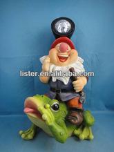 resin gnomes,solar gnome,solar light figurine
