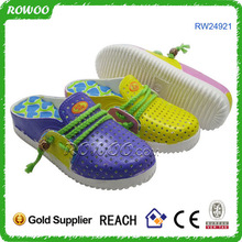 popular plastic ladies and children sandal shoes