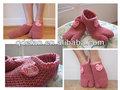 Fait à la main hommes, femmes vieux jours pantoufles, fils acryliques tricotés à la main, chausson chaussettes à tricoter motif