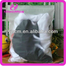 China Yiwu durable high density polyethylene bag with resealing zipper