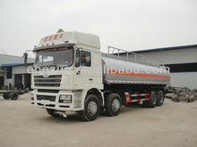 30000Liters SHACMAN 8x4 White Petroleum Tanker Truck