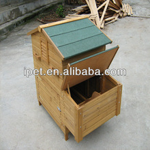 Gable roof wooden poultry house with big nesting box CC014