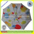 2014 china großmarkt bunt bedruckten billige 3-fach regenschirm in guangzhou