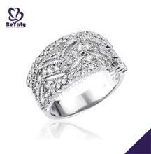 Creative wave pattern corporate gift fashion panda ring