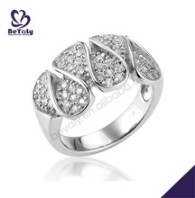 Magnificent water-drop shape engraved fashion clip ring