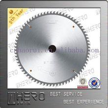 Carbide-tipped saw blade