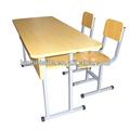 dos asiento de madera de escritorio y una silla comercial mobiliarioescolar conjuntos