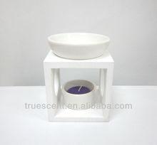 Oil burner/warmer with white wooden holder