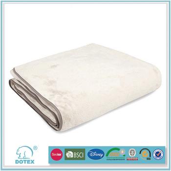 Avon in cooperation Anti stretch fire retardant machine washable multifunction travel blanket bag