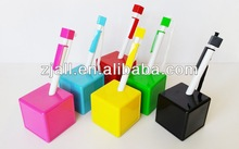 cheap plastic novelty desk pens