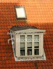 Practical roof window