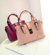 Hot sale women handbag C bag Embossed knitted Plaid bag Korea style shoulder bag Factory price Mixed order