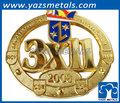 3d design personalizado bordado emblema/patch coroa em forma