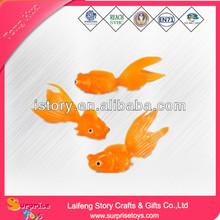 OEM custom plastic toys floating fish