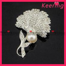 Beautiful rhinestone and pearl flower brooch for garment WBR-1112
