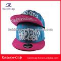 Venta al por mayor barato diseñe su propio bordado 5 panel del snapback del casquillo y sombrero en china