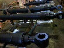 different models of kobelco/hitachi/kato/komatsu excavator hydraulic parts