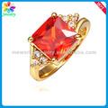de color rojo simulada de coral tallada flor color de rosa dedo anillo de diamantes grandes de coral rojo anillos de piedra