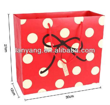 china cute bear paper ribbon tie gift bags