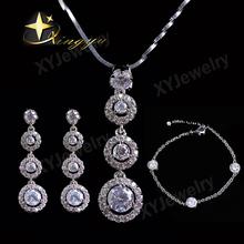 Graceful brass jewelry set with cz for wedding