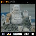 庭の装飾的な彫刻が施された仏石像研磨面