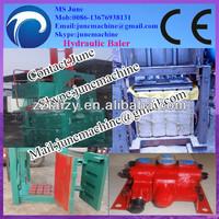 Semi-automatic hydraulic metal baler