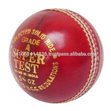 Layer Cork & Wool Center Cricket Ball