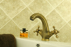 Italy design German quality made in china antique brass sink tap