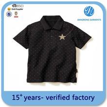 de impresión en negro de la moda más reciente niños camiseta polo niños ropa al por mayor