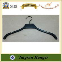 2015 New Development Customized Wooden Coat Hanger