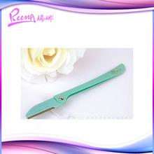 Portable eyebrow shaping tool eyebrow razor