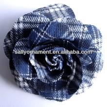 Feitas à mão da manta de tartan flores de tecido para vestidos