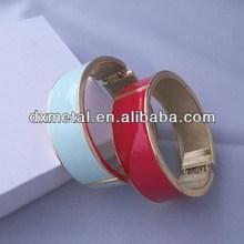 Color enamel gold-tone Magnetic Hinged Bangle Bracelet