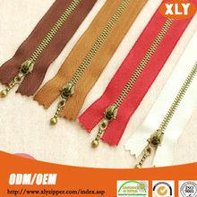 new special design metal running smooth zipper for garment