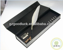 Fashion Design Wedding Decorations Feather Quill Pen Set/ Feather pen with glass inkwell