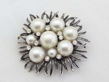 Korean Bouquet Fashion Vintage Wedding Brooches Pins Cheap Pearl Flower Brooches