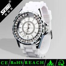 New style diamond silicone valentine quartz watches for lady