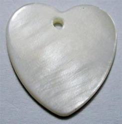 shell anatomical heart pendant