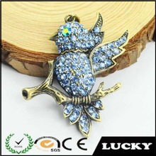 Wholesale new design antique gold rhinestone bird pendant