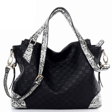 Luxury fancy beaded pendant SNAKE skin handle PLAID elegance handbags ladies brand handbags