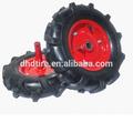 pequenas trator de pneus usados