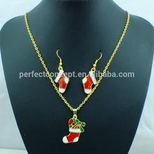 クリスマス靴下ペンダントネックレスとイヤリング赤クリスマスジュエリーセット、 緑のエナメル
