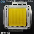 shanghai alimentado por energía solar de la calle de iluminación 200w blanco con alta calidad