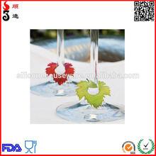 Maple Leaf Design Silicone Wine Glass Marker for Wedding